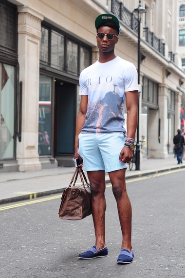 Tips To Show Various Stylish Looks - Men Fashion Hub