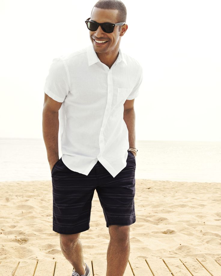 Men who wear white shirts is the most handsome men for Men s fashion short sleeve shirts